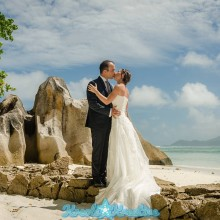 ladigue-honeymoon-photoshoot-in-seychelles_001