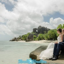 ladigue-honeymoon-photoshoot-in-seychelles_013