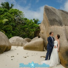 ladigue-honeymoon-photoshoot-in-seychelles_015