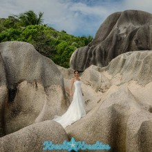 ladigue-honeymoon-photoshoot-in-seychelles_017