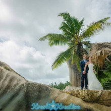 ladigue-honeymoon-photoshoot-in-seychelles_029